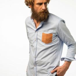 camisa con bolsillo de pana